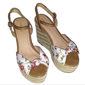 Xhilaration Floral Espadrille Wedge Sandals- Sz 6